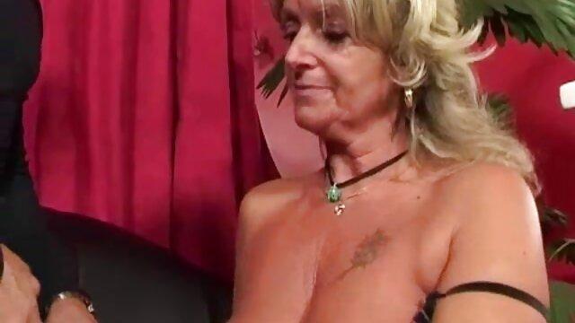 Elle sait s'occuper de son site porno coq nu homme