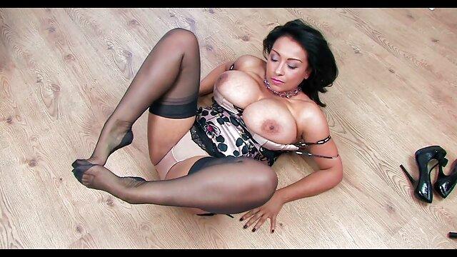 Visage d'ange sexy se vidéo porno française en streaming masturbe