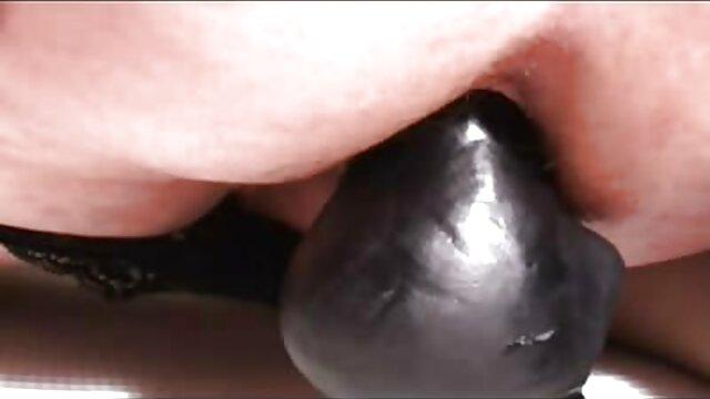 Iva et Aleksand, film porno gratuit chinois Dominik