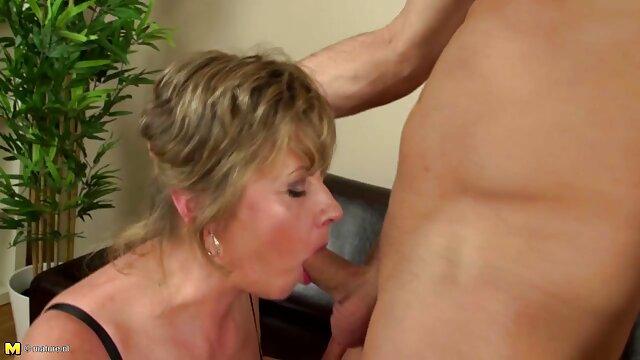 Double plaisir film de sexe gratuit avec une ado mature et rousse, par Blondelover.